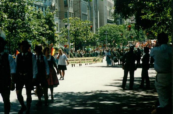 tn_steubenparade2004